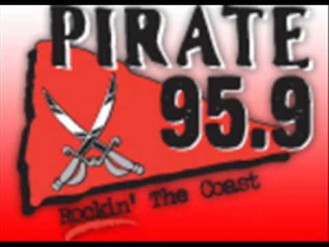 GameSHOUT Radio - Wacky News 12th Oct. 2005 - Pirate Coast 95.9 radio.. National Porn Sunday..