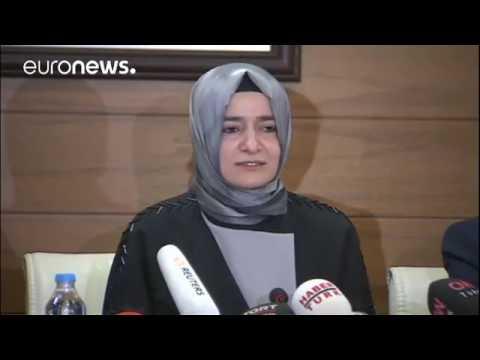 Türkische Ministerin verurteilt Niederlande Wir haben dort eine bittere Nacht v