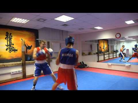 Тренировка в секции Бокса в Спортзале №1