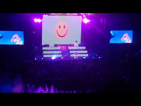 Estamos Bien - Bad Bunny Live (Arena Monterrey)