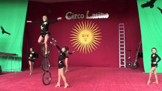 Circo Latino No.4 Golden Sisters : Unicycle