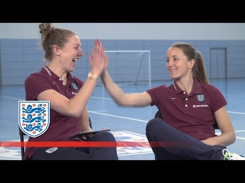 Arsenal's Casey Stoney's random pre-match meal | Roommates
