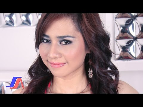 Tracey Kuen - Kepiting Laut (Official Music Video)