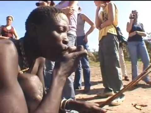 Stephen Bennett, Portrait Artist: Travels in Kenya,Tanzania and Seychelles 2001