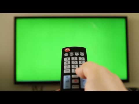 Футаж HD. Пульт и телевизор - хромакея