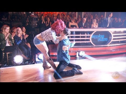 'DWTS' Contestants Bonner Bolton And Sharna Burgess Spark Dating Rumors