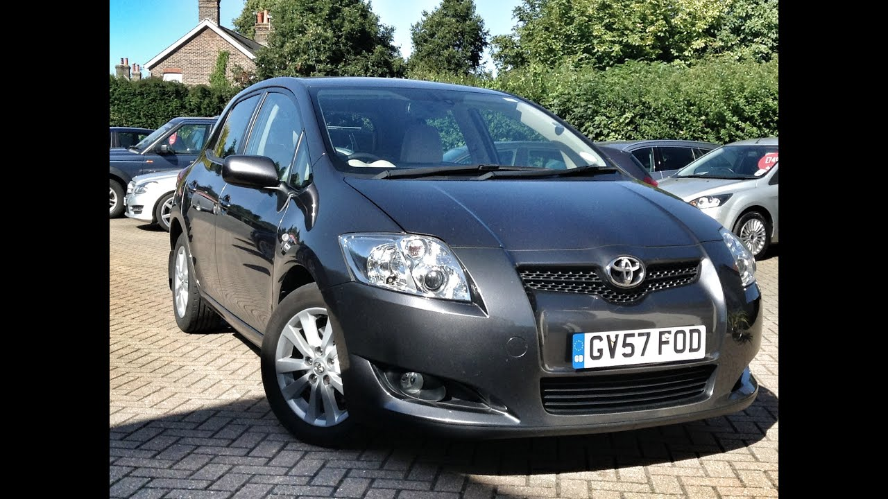 toyota auris 2 0 d 4d t spirit 5 doors manual hatchback. Black Bedroom Furniture Sets. Home Design Ideas