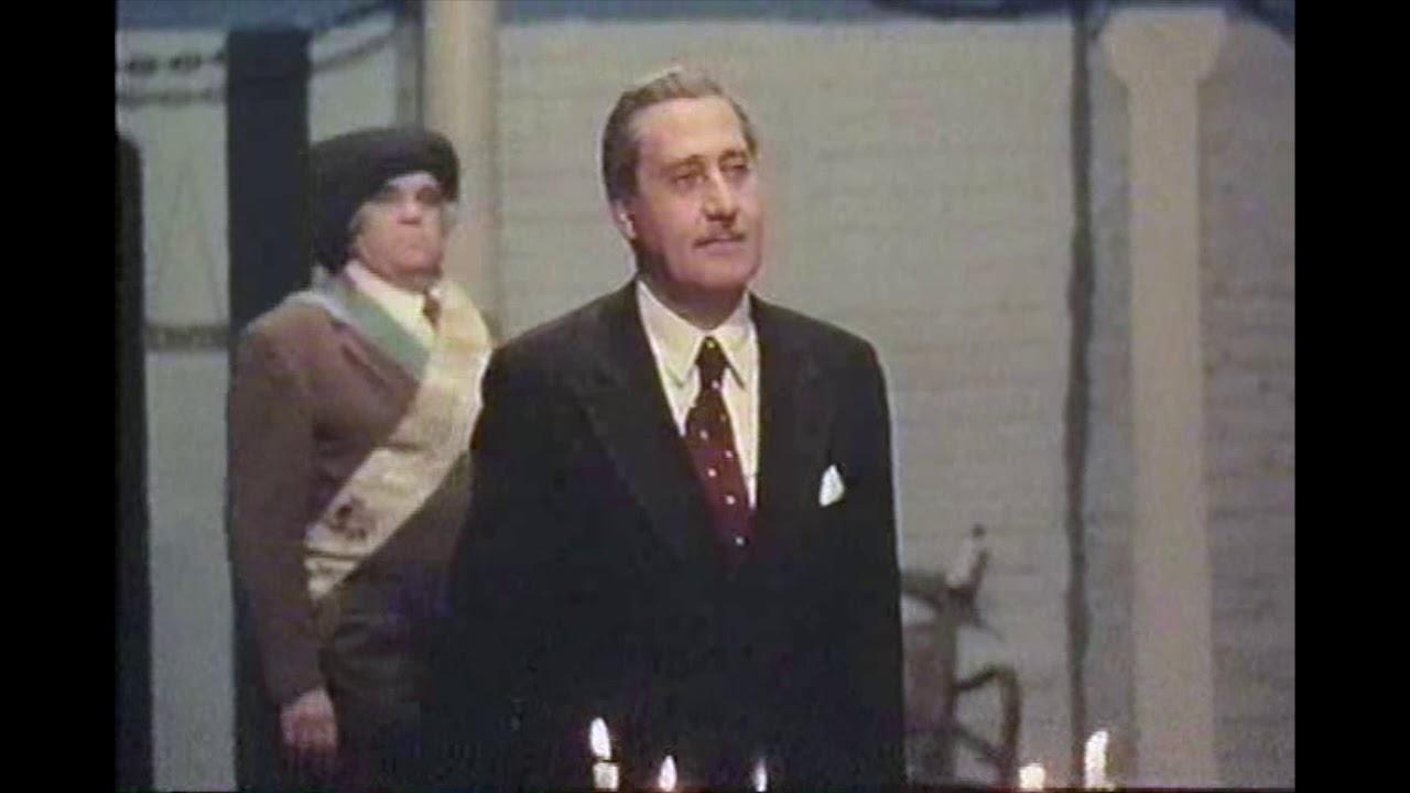 Alberto Sordi Un Borghese Piccolo Piccolo 1977 Youtube