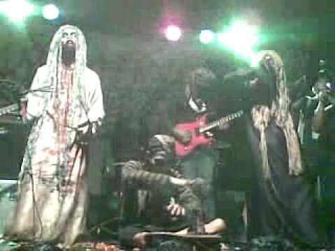 PESUGIHAN - Nyupang Pocong @Sawangan Of Darknes (Depok)