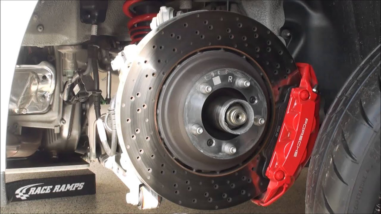 Porsche 911 991 GT3 Center Lock Wheel Removal and ...