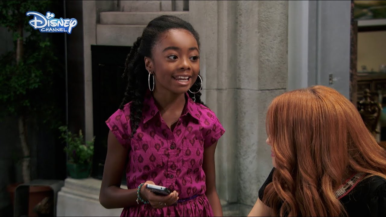 jessie - zuri's funny ringtone - official disney channel uk hd