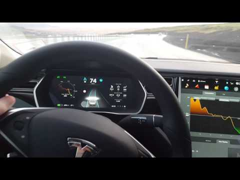 A Tesla In ICEland - Autopilot slowing the car down automatically in tight curves