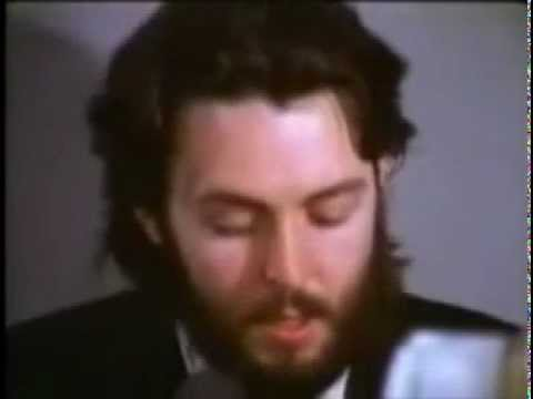 The Beatles - Let It Be (Video Oficial)