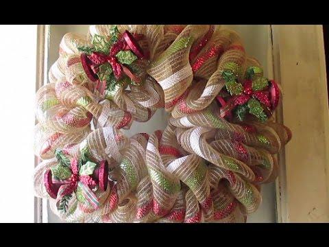 Make A Mesh Ribbon Christmas Tree