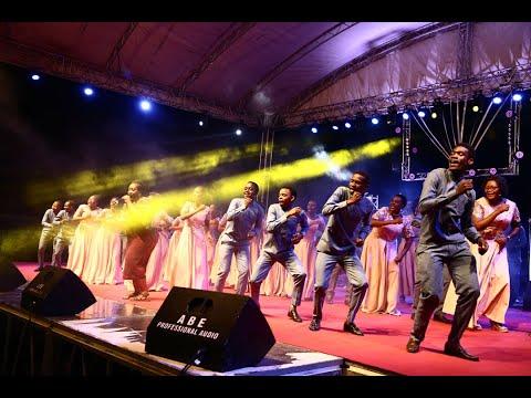 Download AIC CHANG'OMBE- KILA MWENYE PUMZI Live Performance At Victory Campus Night 2019 Ignite for God 2