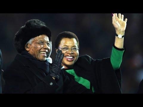 Graça Machel mourns her husband, Mandela