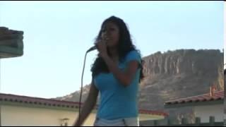Wendy y Benito - Cantando en Santiago Bayacora