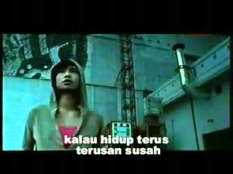 Free Download Iwan Fals-desa.flv Mp3 dan Mp4