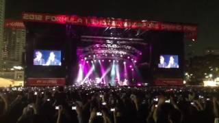 Download Maroon 5 Payphone Live in F1 GP Singapore 2012 Mp3