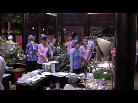 Vietnam Trip 2-Saigon Old And New, VN Restaurant, Post Office