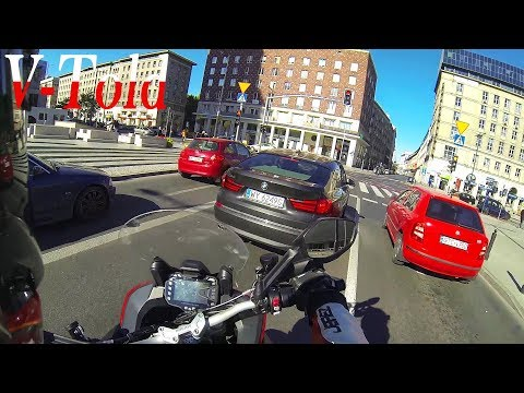 Onboard Ducati Multistrada 1200S: ALWAYS LOOK BOTH WAYS!
