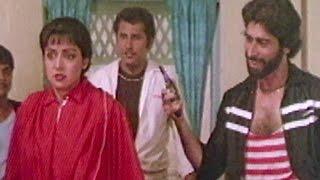 Hema Malini Attacked by Goons - Aandhi Toofan, Action Scene 2/10