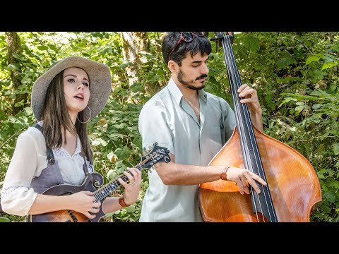 Sierra Hull - Sunshine - On The Farm Sessions @Pickathon 2018 S06E08