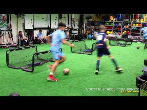 Voetbalopleiding -  -  -