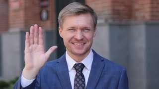 Hello, Businessman Waving Hand to Welcome | Stock Footage - Videohive