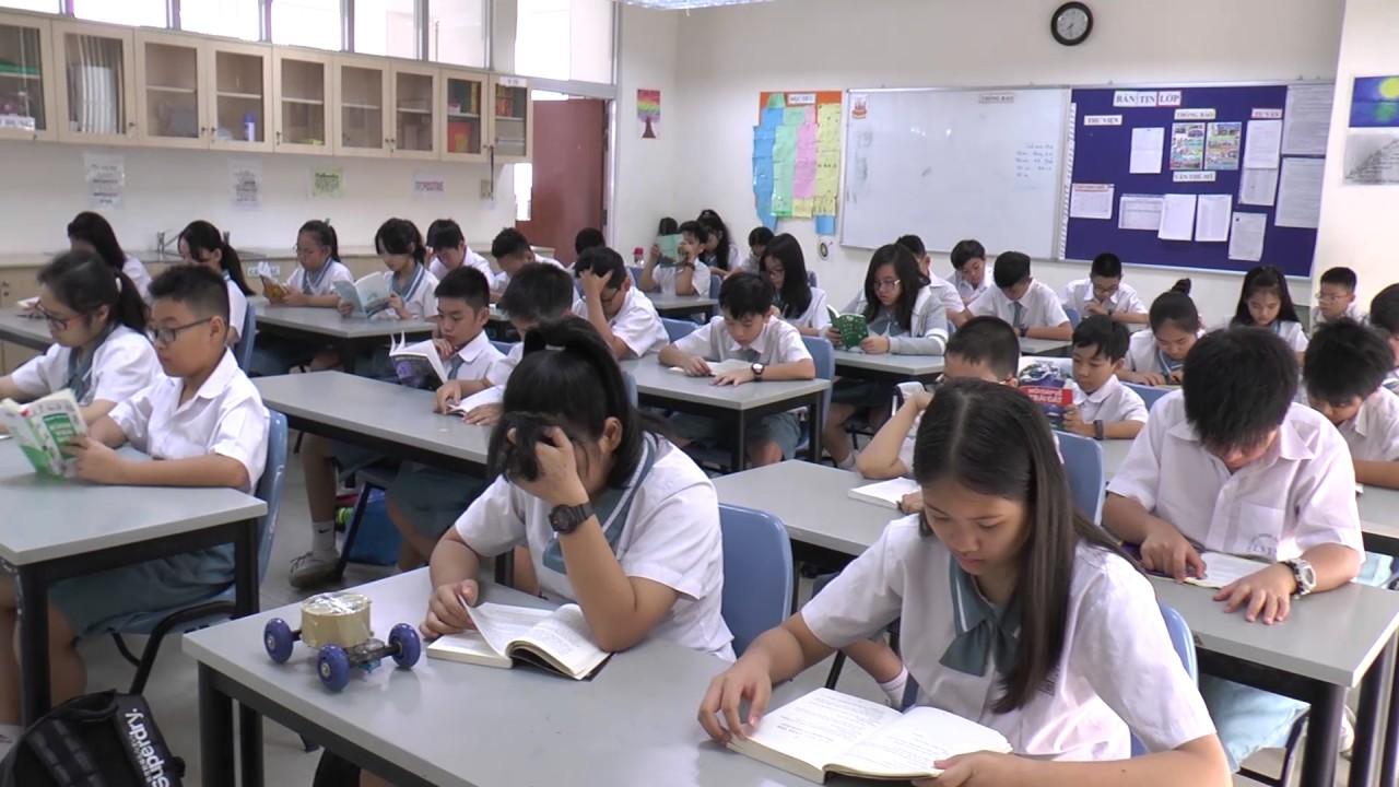 Kết quả hình ảnh cho Học sinh của trường Đinh Thiện Lý