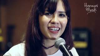 Michelle Joan - Kuta Bali ( Cover Andre Hehanusa )
