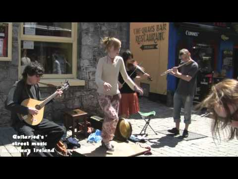 Street entertainers - Galway, West coast of Ireland