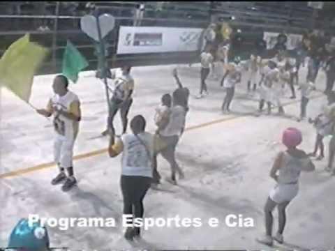 DESFILE DA BANDA CARNAVALESCA GIRAFA DA CERQUINHA - 25/02/.mpg