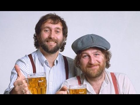 Episode 14 - Chas Hodges of Chas & Dave - The Stageleft Podcast