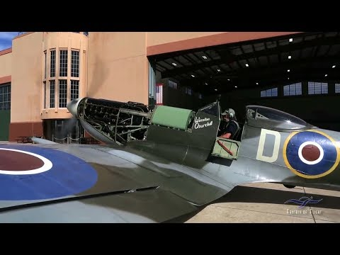 Kermit Weeks - Supermarine Spitfire MK XVI - Start Up and Taxi