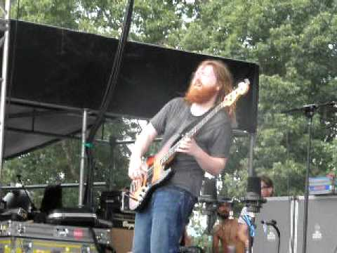 Reed Mathis bass solo - Wakarusa 2010