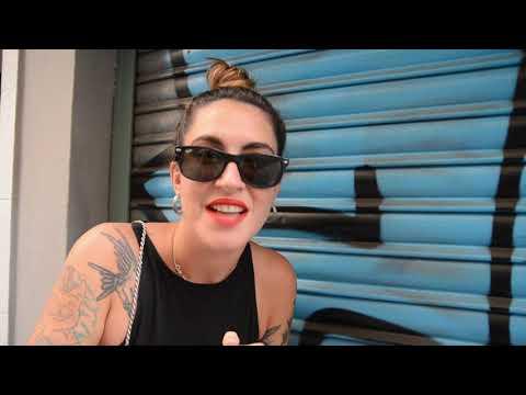 UNA MESETARIANS EN SEVILLA   SARA LAUPER from YouTube · Duration:  8 minutes 19 seconds