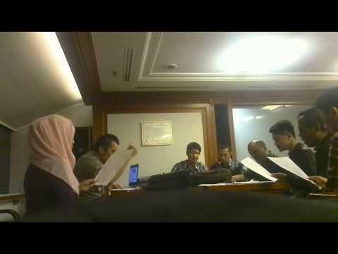 Bedah aransemen baru lagu daerah Jawa Barat Cingcangkeling by Paduan Suara Indosat Choir