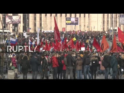 LIVE: Protesters rally for 'Internet freedom' in central Moscow