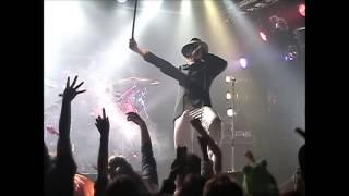 2004.10.31、渋谷サイクロンでのライブ。 ハロウィン企画により妖怪人間...