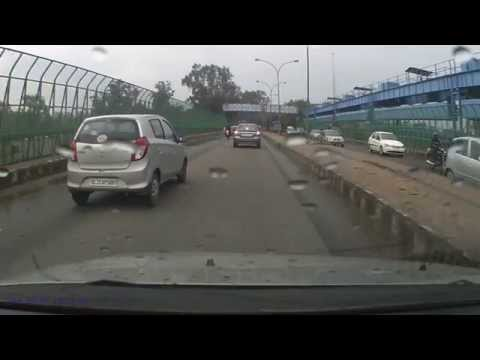 Veeresh Malik Road Flicks 015 - Over the Kalindi Kunj bridge
