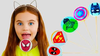 Poli pretend play with Magic cookies and dance with Superheroes