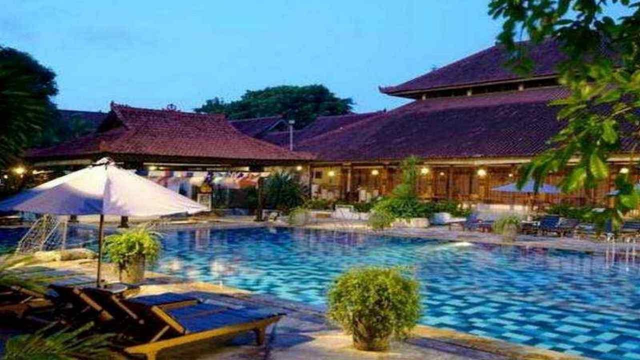 Hotel In Bali Grand Istana Rama Hotel Youtube
