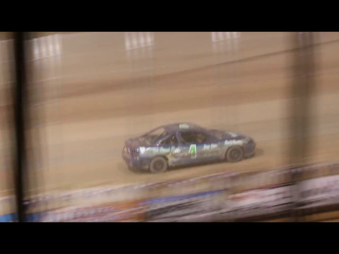 5.5.17 Luxemburg Speedway - IMCA Sport Compacts Shaun Bangart & Mike Meier battle for win