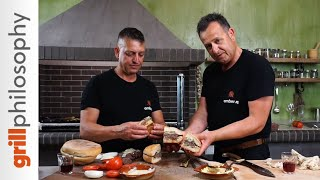 Country style mutton burger - Μπιφτέκια προβατίνα-μπέργκερ προβατίνα | Grill philosophy