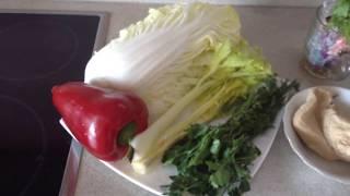 Салат из индейки и пекинской капусты