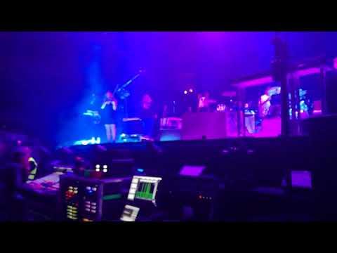 Arcade Fire - Neighborhood #2 Laika @ C.Pequeno 23/04/18