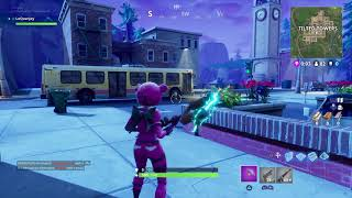 Fortnite PS4 glitch cant equip items