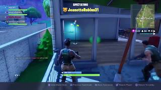 WE LIVE  FORTNITE TRYING TO GET A WIN WITH  JEANETTE  AND OTHER GAME PLAY PS4 ]