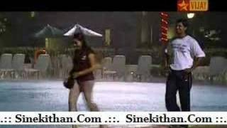 kadhalikka neram illai (prajin dance when she accept)